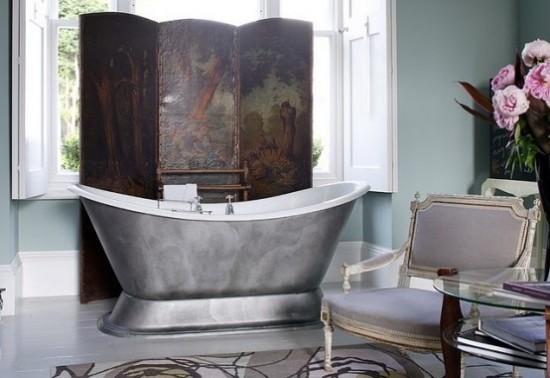 Badezimmer mit weiblichem Gespür Retro Design mit femininen Zügen