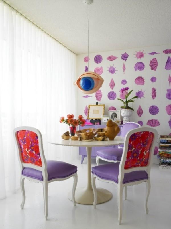 Esszimmer mit femininen Touches etwas extravagant sehr fröhlich wirkendes Ambiente