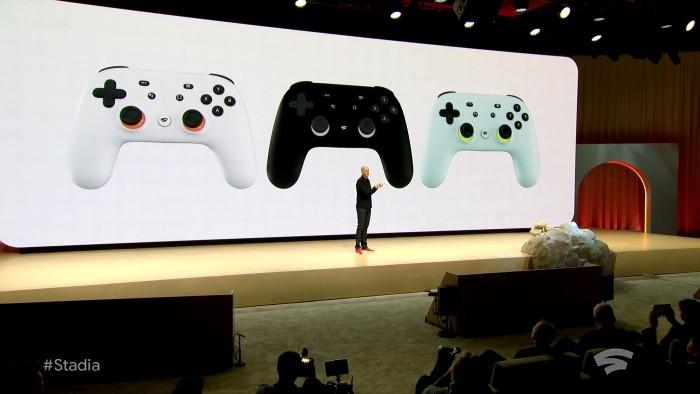 Mit Google Stadia können Sie jederzeit von jedem Gerät aus Streamen und Triple A-Spiele spielen der kontroller speziell modifiziert