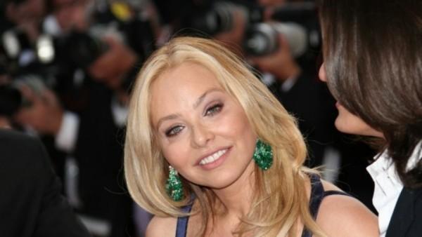 Ornella Muti 64 Jahre alt unwiderstehliche Schönheit