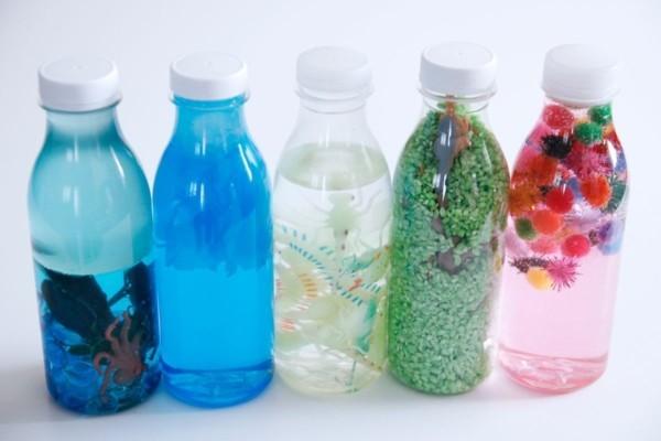 Spielzeuge selber machen DIY Sensorik Flaschen