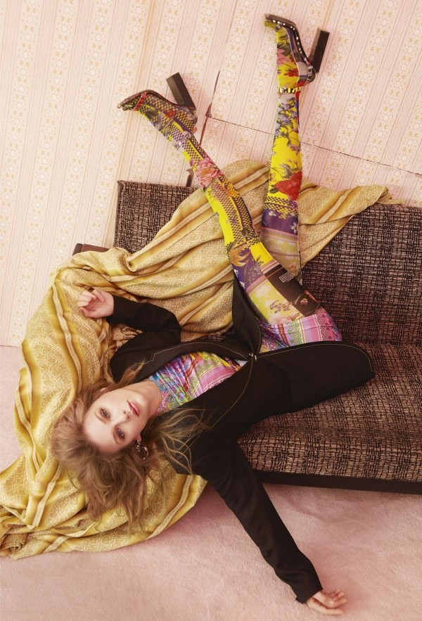 Taylor Swift erscheint auf der Titelseite von Elle UK mit einem persönlichen Essay über Popmusik cover geschichte von der elle uk