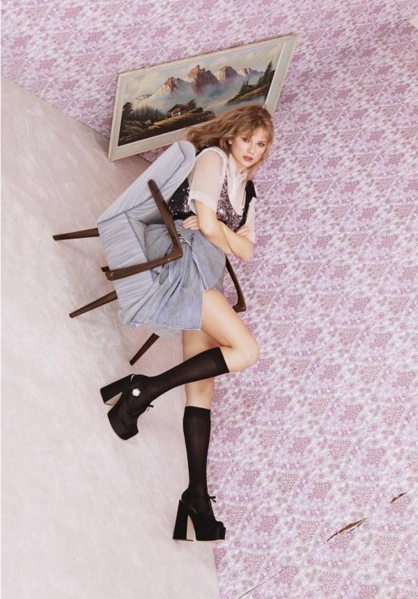 Taylor Swift erscheint auf der Titelseite von Elle UK mit einem persönlichen Essay über Popmusik elle uk abstrakte fotografie