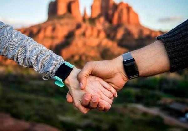 Top 4 der besten Gadgets für Gesundheit und Wohlgefühl der CES 2019 touchpoints gegen stress armband