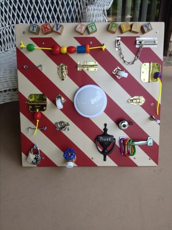 activity board selbst bauen diy Babyspielzeuge