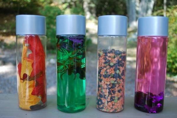 coole Kinderspielzeuge Sensorik Flaschen füllen selber machen
