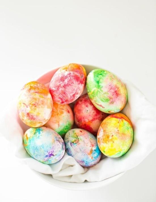 regenbogen ostereier marmorieren