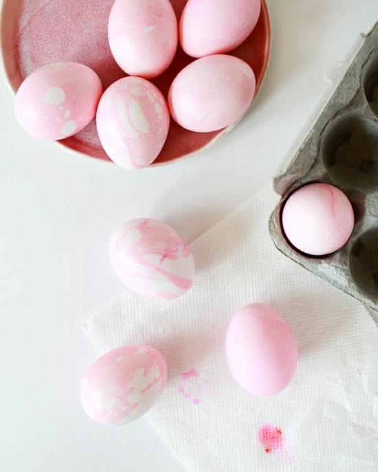 rosa ostereier marmorieren
