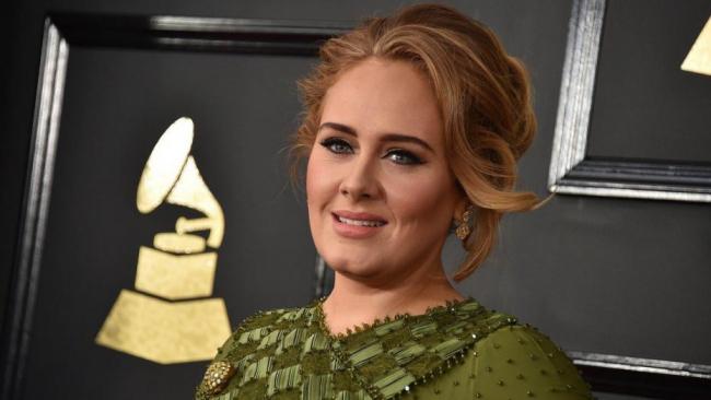 Adele britische Erfolgssängerin 15 Grammys gewonnen