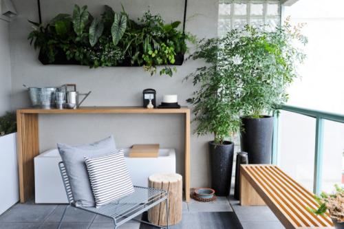 Balkon Ideen kleinen Balkon gestalten gemütliche Atmosphäre