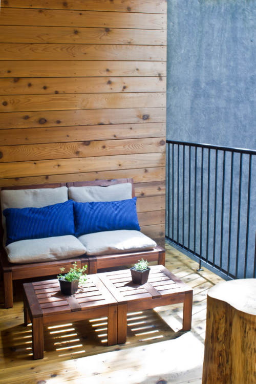 Balkon Ideen kleinen Balkon gestaltenOutdoor-Möbel aus Holz