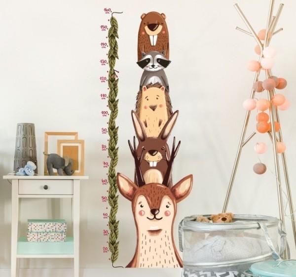 Das Wandtattoo verleiht Ihren Wohnräumen einen bezaubernden Charme waldtiere messlatte kinderzimmer