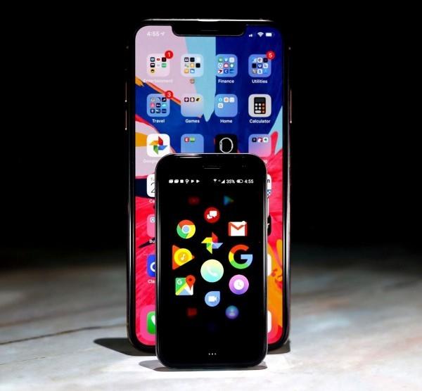 Das winzige Palm Smartphone ist ab sofort ein selbstständiges Gerät 4 mal kleiner als ein smartphone