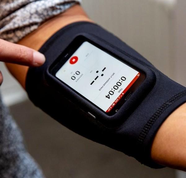 Das winzige Palm Smartphone ist ab sofort ein selbstständiges Gerät fitness monitor für sportler