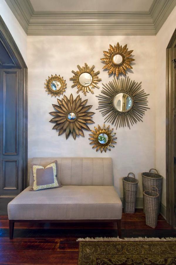 Dekorative Wandspiegel im Flur Gruppe von runden Spiegeln ausgefallenes Arrangement