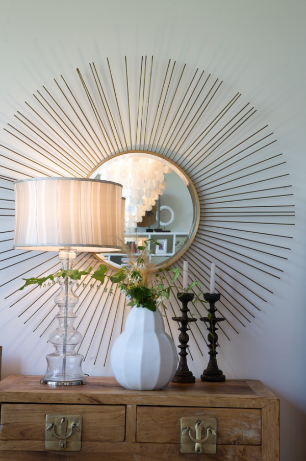 Dekorative Wandspiegel im Flur ausgefallender Spiegelrahmen