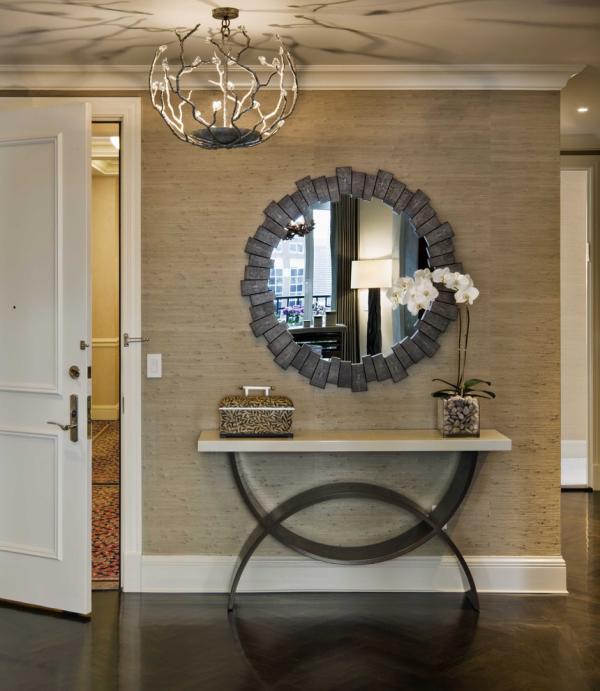 Dekorative Wandspiegel im Flur klassisches Design runde Form