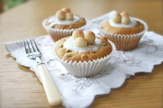 Früchtekuchen Rezepzt Kuchen zum Muttertag Simnel Törtchen