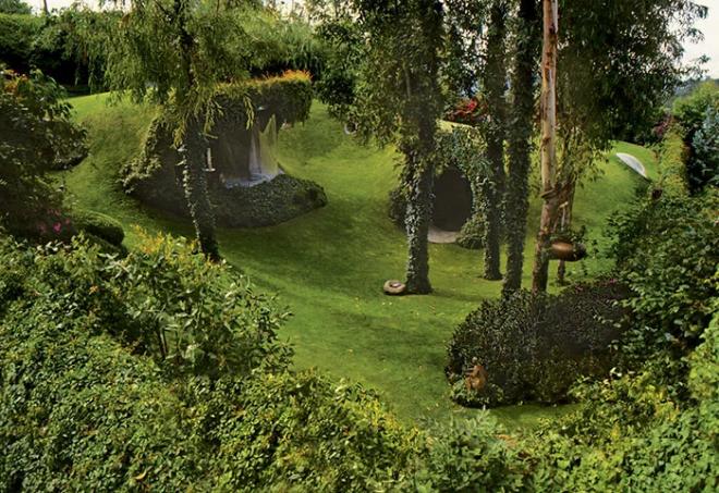 Hobbit House organische Architektur die Natur selber erforschen