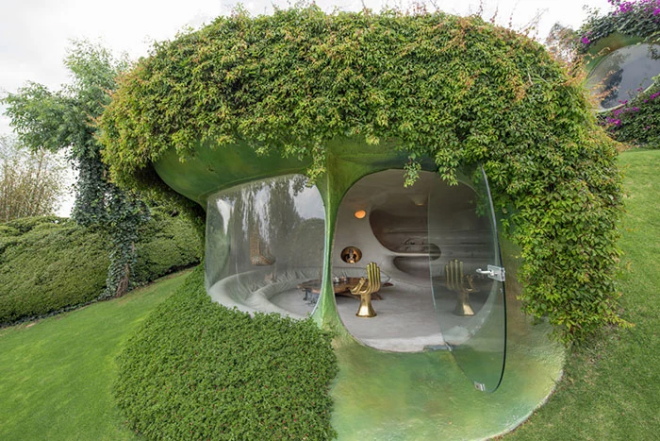 Hobbit House organische Architektur perfekter Urlaubsort für Naturfreunde