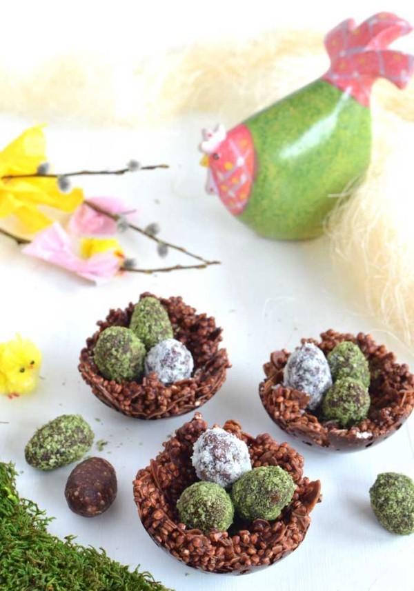 Osterei - Bonbons in verschiedenen Farben