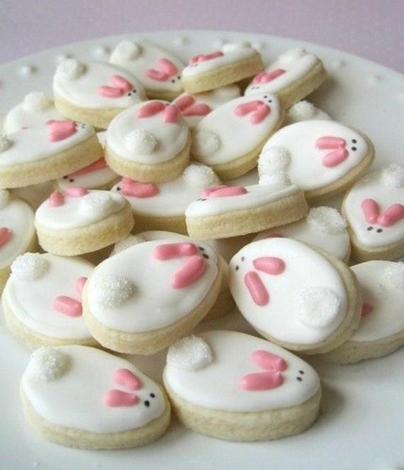 Osterhasen backen Keksen mit Zuckerguss einfache Rezepte