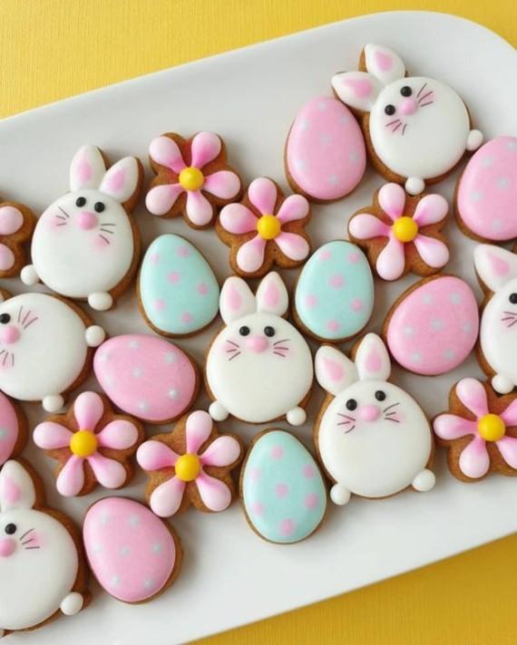 Osterhasen backen mit Kindern Ausstechform Blumen Osterhasen Kekse