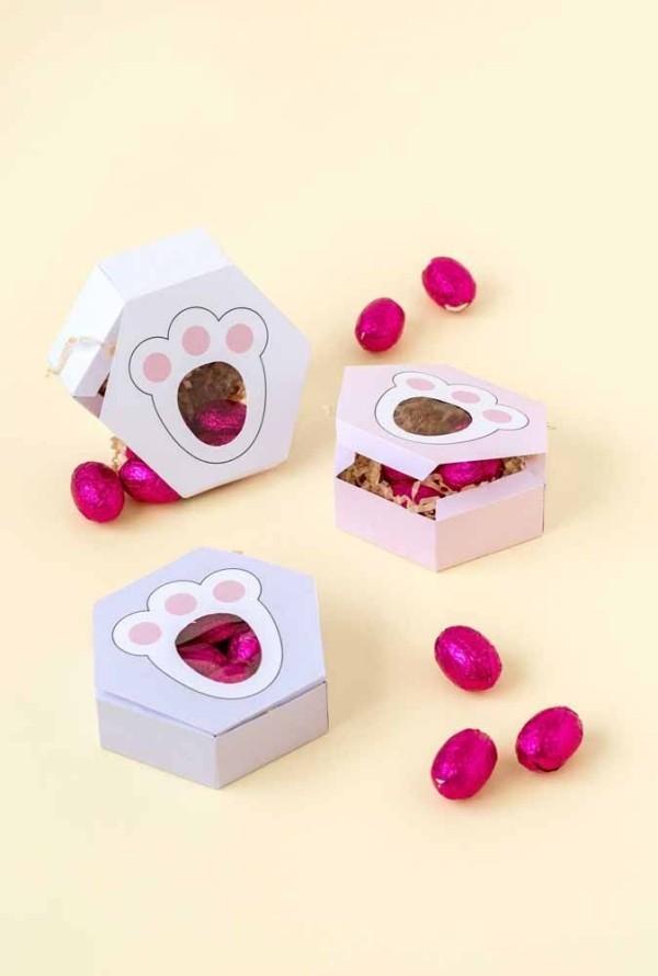 Ostern Geschenke Boxen mit kleinen Eiern