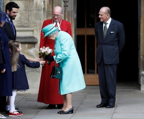 Queen Elizabeth bekommt Pflanzen
