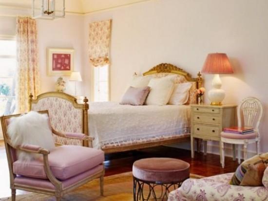 Schlafzimmer Ideen romantische Atmosphäre frische Farben und verspielte Muster