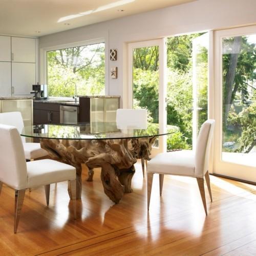 Treibholz im Interieur Esstisch mit Glasplatte