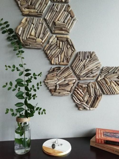 Treibholz im Interieur Wanddeko aus Holzstücken
