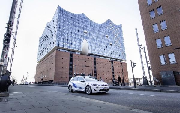 Volkswagen testet selbstfahrende Autos auf den Straßen von Hamburg die autonome autos kommen nach deutschland
