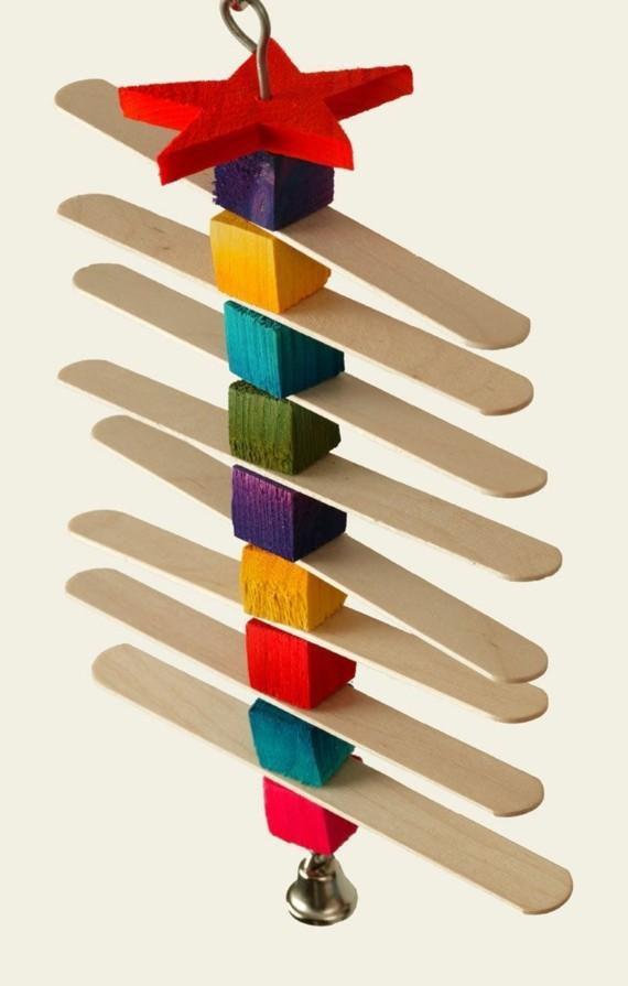 Wellensittich Spielzeug selber bauen Bastelideen