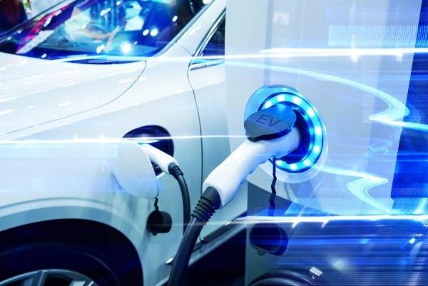 elektroauto transparente ansicht