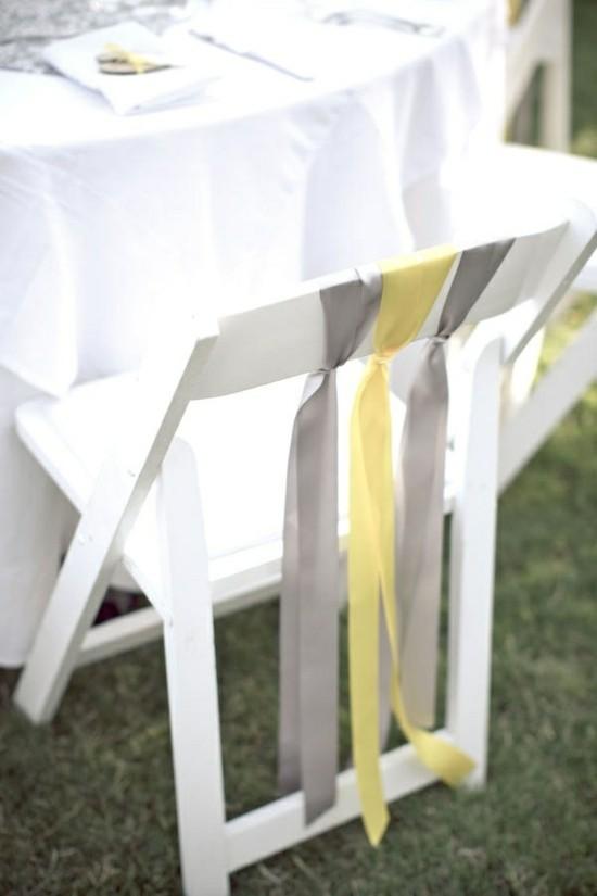 hochzeitsdeko selber machen stühle dekorieren mit stoffbändern