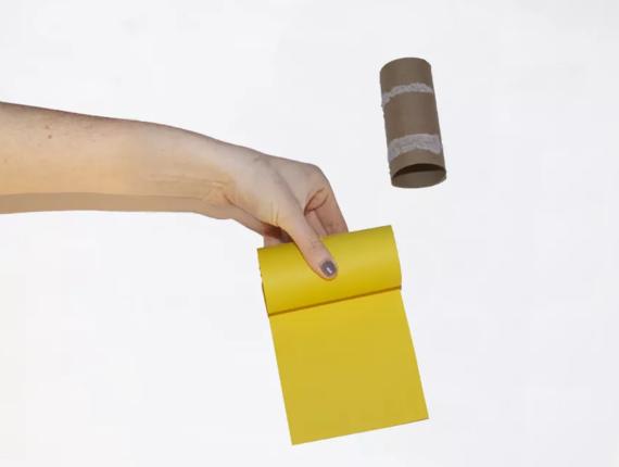 kinderleichte Laternen basteln einfache DIY Papierlaterne Schritt 2