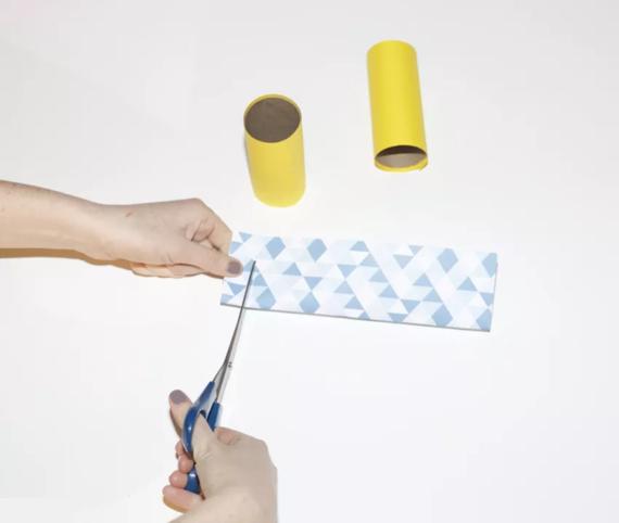 kinderleichte Laternen basteln einfache DIY Papierlaterne Schritt 5