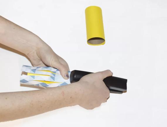 kinderleichte Laternen basteln einfache DIY Papierlaterne Schritt 6