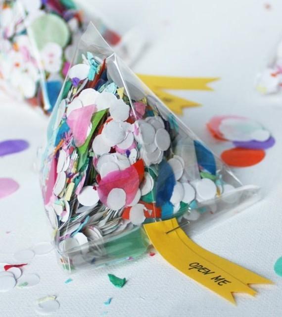 kreative Einladungskarten erstellen Konfetti Tüte