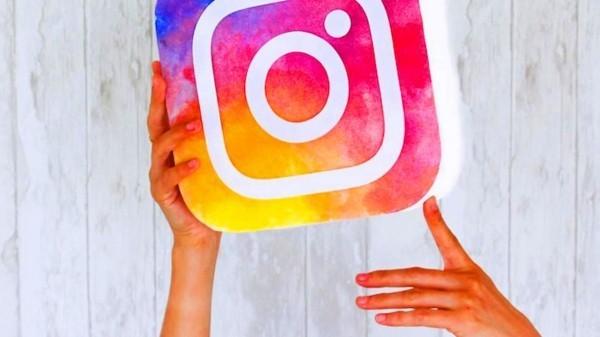 soziale netzwerke zeichen instagram