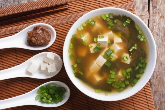 traditionelle japanische Miso Suppe Rezept