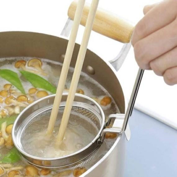 traditionelle japanische Miso Suppe Rezept Miso Sieb