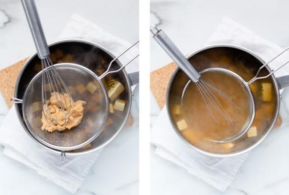 traditionelle japanische Miso Suppe Rezept Miso auflösen