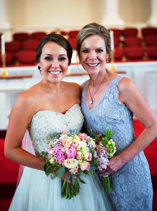 55 festliche Kleider zur Hochzeit für Brautmütter und wichtige Tipps blaue kleider tochter mutter kombination