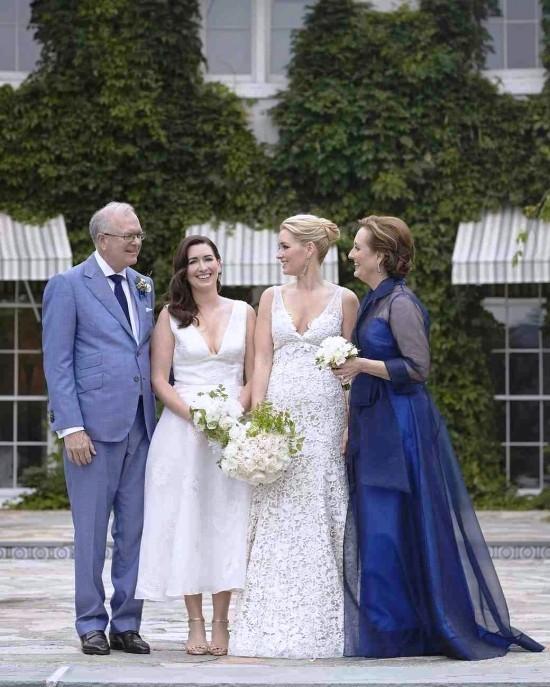 55 festliche Kleider zur Hochzeit für Brautmütter und wichtige Tipps lila blau kleid mutter eltern
