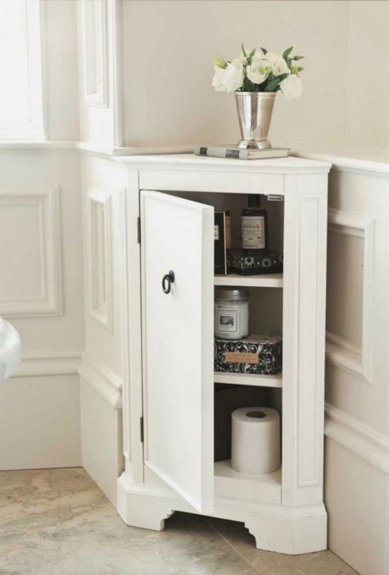 Eckmöbel clevere Lösung mehr Stauraum Eckschrank in Weiß fürs Bad und WC