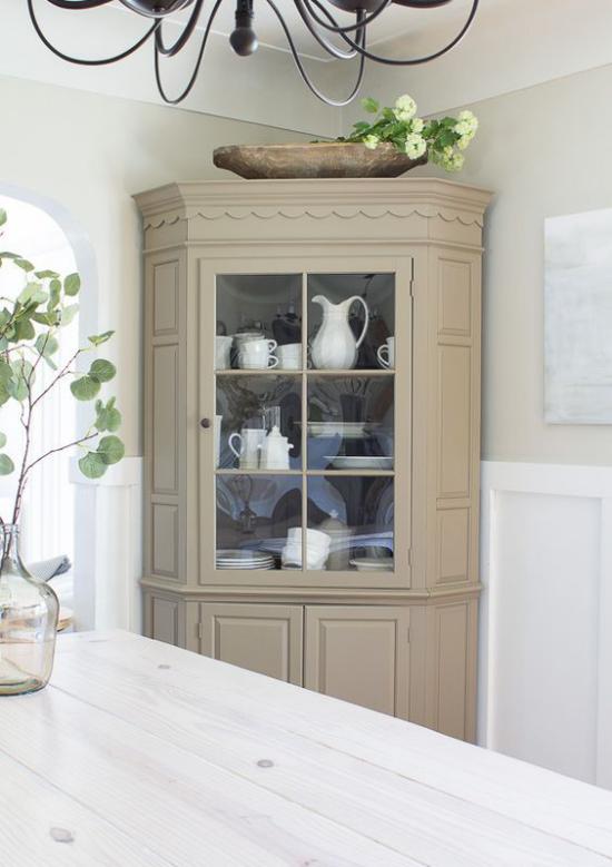 Eckmöbel clevere Lösung mehr Stauraum eleganter Eckschrank für Esszimmer