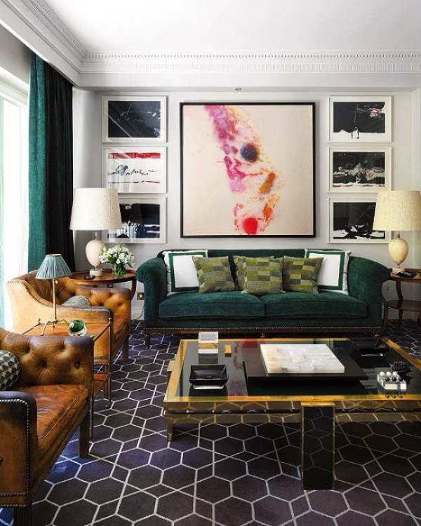 Maskulin und elegant modernes Wohnzimmer Gemälde olivgrün grasgrün Ocker gefliester Boden