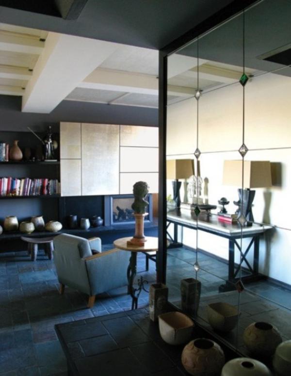 Maskulin und elegant modernes Wohnzimmer offener Grundriss blau grau